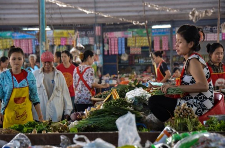 Chợ Lào